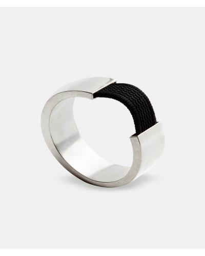 Oval - sølvarmbånd af Karina Noyons